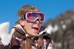 女孩愉快的假期冬天 免版税库存照片
