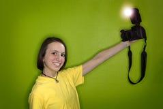 女孩摄影师纵向自 免版税图库摄影