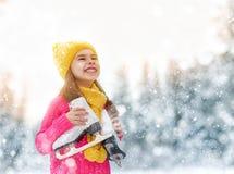 女孩是去的冰鞋 库存图片