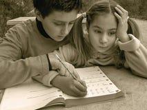 女孩有数学题 库存照片