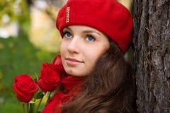 女孩浪漫玫瑰 免版税图库摄影