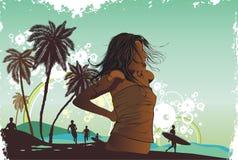 女孩海岛热带掌上型计算机的tre 免版税库存照片