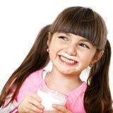 女孩玻璃牛奶微笑 库存照片