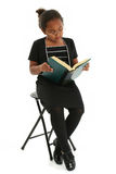 女孩玻璃读 免版税图库摄影