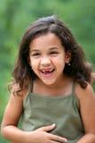 女孩笑的年轻人 免版税图库摄影