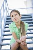 女孩纵向微笑的非离子活性剂 免版税库存图片