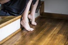 女孩脚 免版税图库摄影