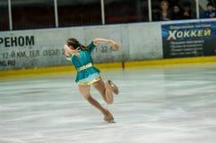 女孩花样滑冰运动员, 免版税库存图片