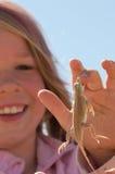 女孩蜥蜴 库存图片