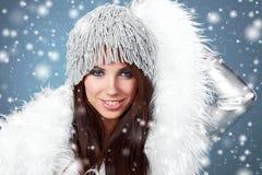 女孩许多雪花冬天 免版税图库摄影