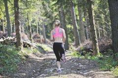女孩赛跑 免版税库存图片