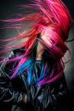 女孩运动壮观颜色的头发 库存照片