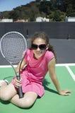 女孩遮光罩网球 库存图片