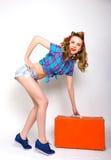 女孩针 美好的白种人妇女iin蓝色 免版税库存图片