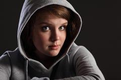 女孩问题哀伤的强调的少年年轻人 免版税库存照片