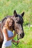 女孩马。 库存图片