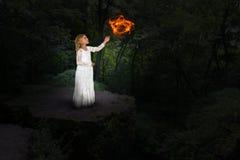 女孩魔术,神秘主义者,巫婆,巫术 库存照片
