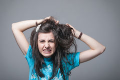 女孩头发她拉 免版税库存图片