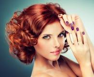 女孩头发的相当红色 免版税库存照片