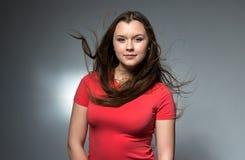 女孩画象有长的流动的头发的 免版税图库摄影