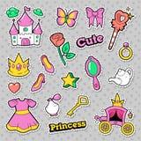 女孩Badges,补丁,与冠,城堡,心脏,圆环的贴纸公主 免版税库存照片