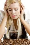 女实业家咖啡杯 免版税图库摄影
