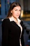 女实业家城市讲西班牙语的美国人 免版税图库摄影