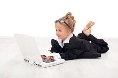 女实业家女孩使用的一点 免版税库存图片