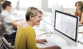 女实业家当代合作创造性的概念 免版税库存图片