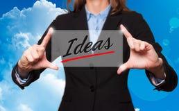 女实业家拿着想法标志-企业概念 向量例证