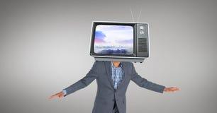 女实业家的数字式综合图象有电视的在面孔前面 库存图片