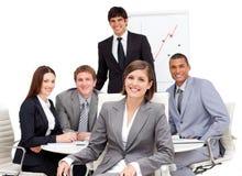 女实业家迷人的会议开会 免版税库存图片