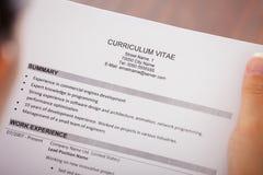 年轻女实业家读书履历 免版税库存图片