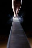 女性体操运动员的脚 免版税库存图片