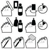 女性修脚和胶凝体杂种钛钉牢油漆撤除的准备与不同的方法例如浸泡,阻止wra 库存例证