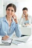 女性办公室工作者年轻人 库存图片