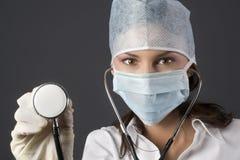女性医生 免版税库存照片