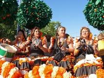 女性唱歌 免版税库存照片