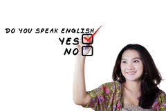 女性少年学会英语 免版税库存图片