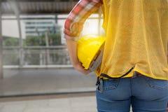 女性建筑学后面看法  免版税图库摄影