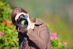 女性摄影师 库存图片