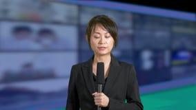 女性新闻船锚在演播室 影视素材