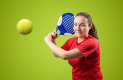 女性桨网球 免版税库存图片