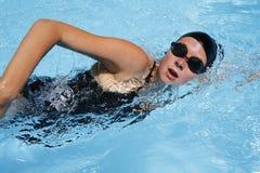 女性游泳者 免版税图库摄影