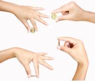 女性现有量藏品硬币 图库摄影