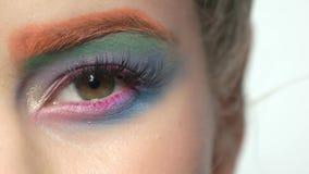 女性眼睛,五颜六色的构成 影视素材