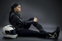 女性赛车手或女替身演员或摩托车骑士 免版税库存图片