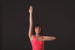 年轻女性跳舞爵士乐 免版税库存照片