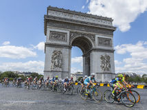 女性细气管球在巴黎-由Le环法自行车赛2的La路线 免版税图库摄影