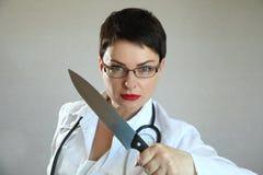 女性医生在医院 库存照片